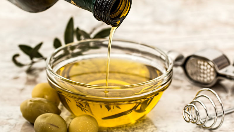 Olive oil makes any salad so full and tasty!
